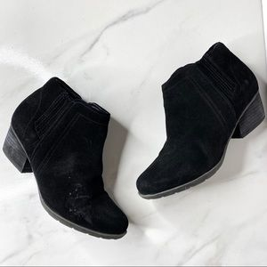 Blondo Black Suede Waterproof Ankle Booties 7.5